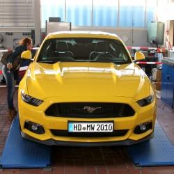 auto-wagner-ford-mustang-rock-in-der-werkstatt-dezember-2015-02